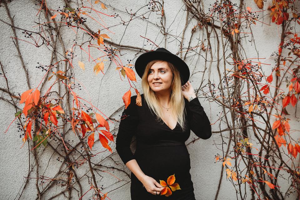 Sesja ciążowa jesienią