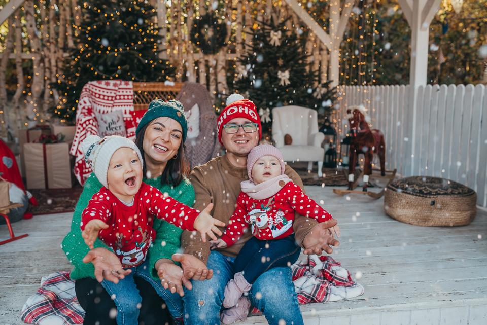 Sesja świąteczna w Zaczarowanym Domku